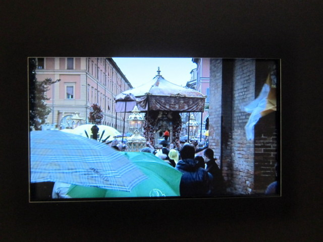 Video of transporting the Madonna from San Luca to the Cathedral of Saint Peter.