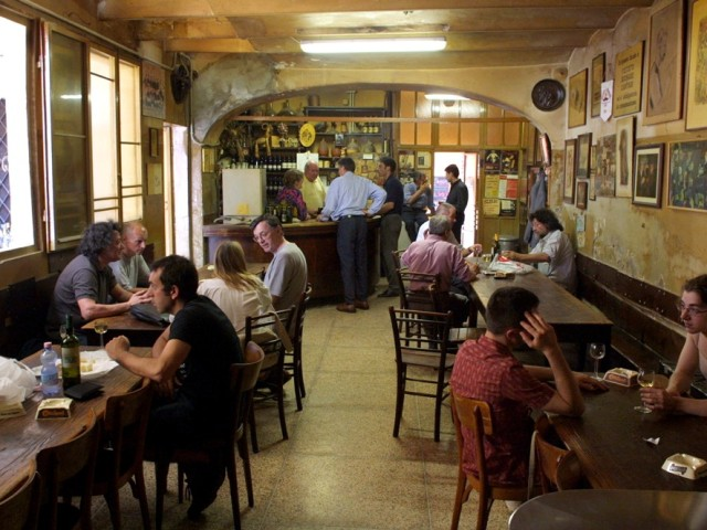 Inside Osteria del Sole (photo from web)