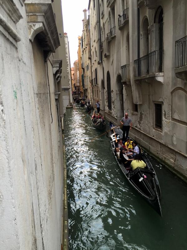traffic jam even for the gondolas