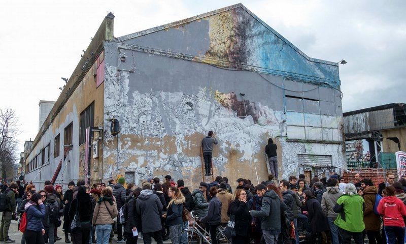The destruction of Blu's murals