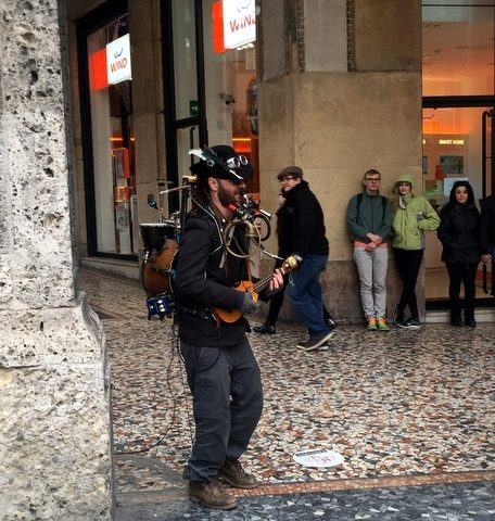 One man band #2 - also near the two towers