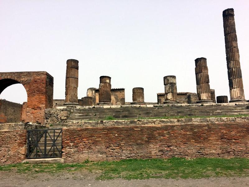 Pompeii scene