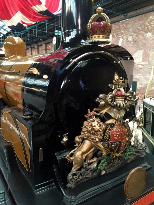 The queen's train that brought her from London to her palace in Edinburgh